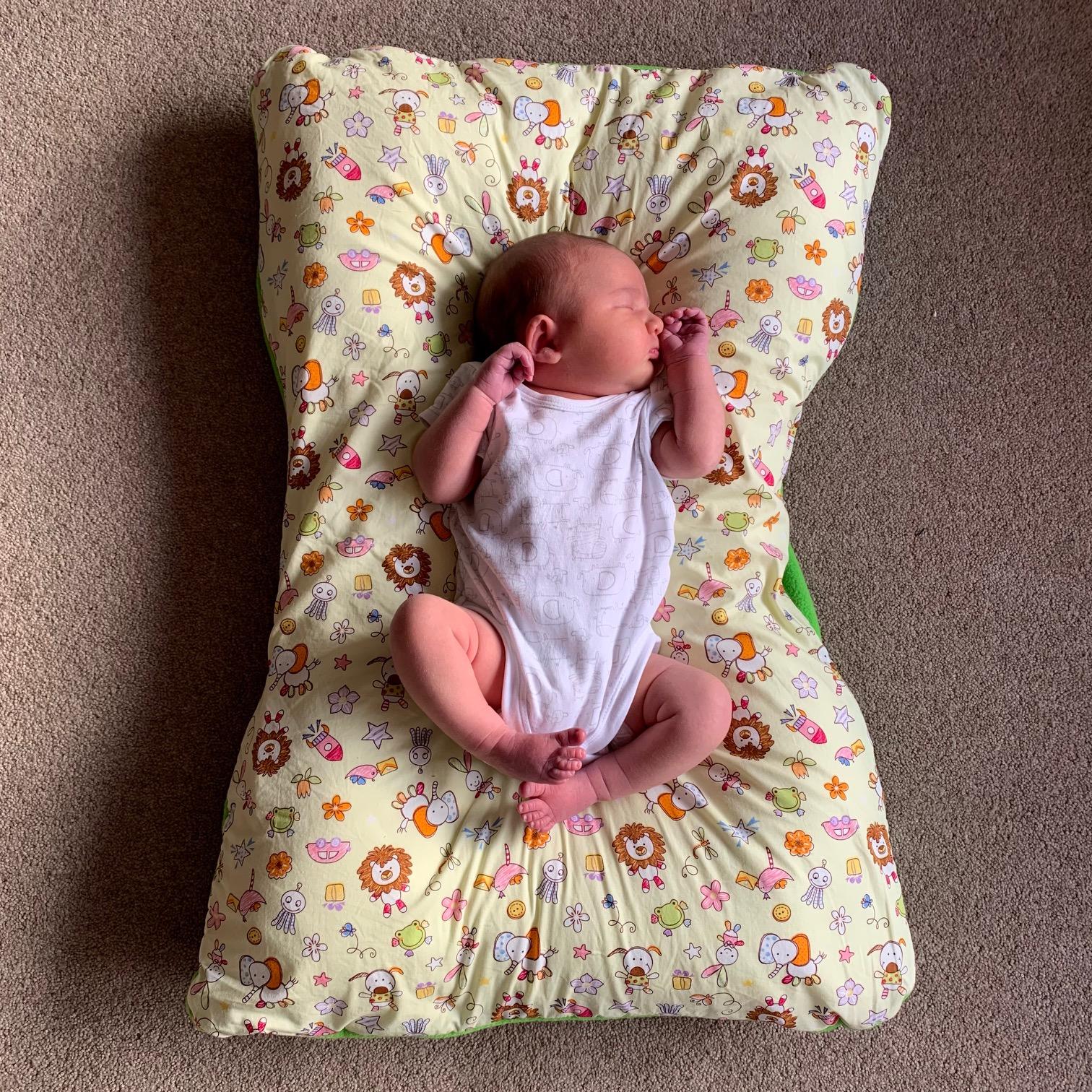 Newborn on MisSpelt Baby Bobo